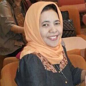 Dr. Syafaatun Almirzanah-thumb